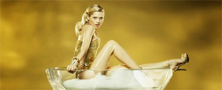 paco-rabanne-eau-my-gold with Hana Jirickova