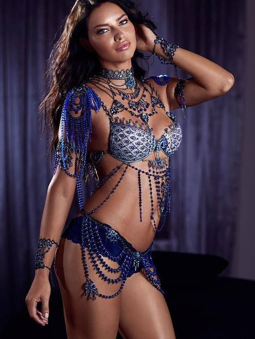 Adriana Lima wearing a blue fantasy bra for Vistoria secret 2014 fashion show